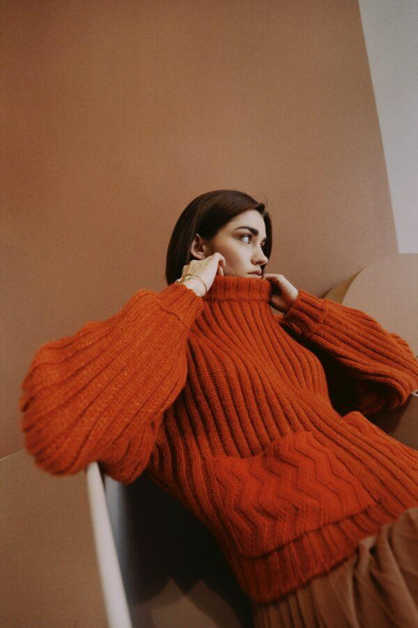 motion alpaca sweater brick