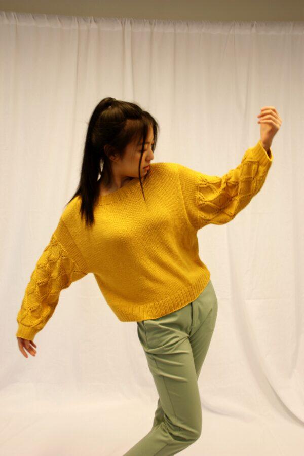 frida sweater mustard