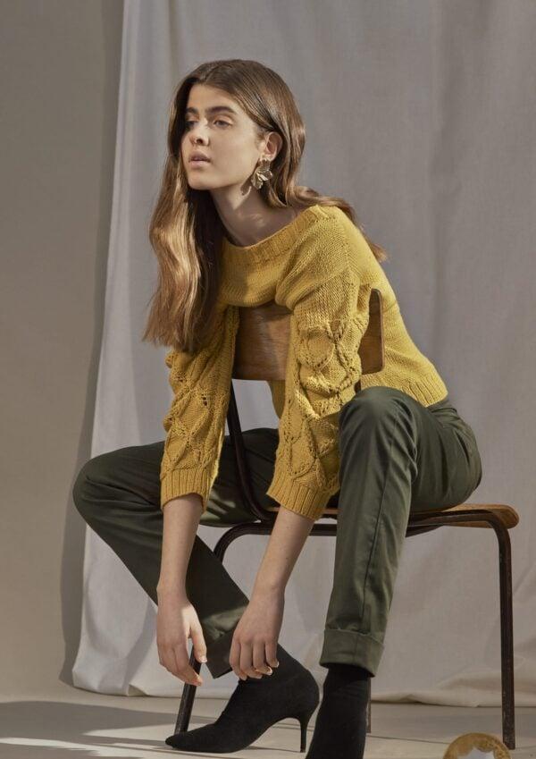 gracielahuam_frida sweater 1